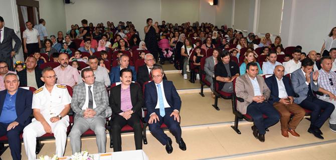 Eğitim Kenti Tuzla'da 53 bin öğrencinin karne sevinci