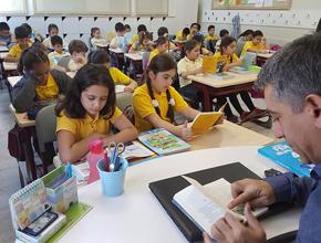 Bu okulda tüm öğrenciler kitap okuyor!