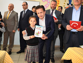 Tuzla'da 53.000 Öğrencide tatil sevinci
