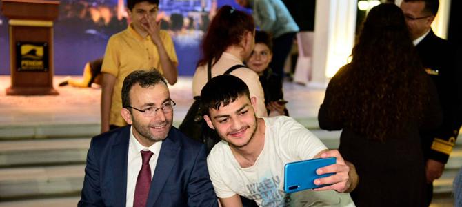 Başkan Ahmet Cin, İlk İftarı bakın kimlerle yaptı