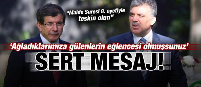 Abdullah Gül ve Davutoğlu'na