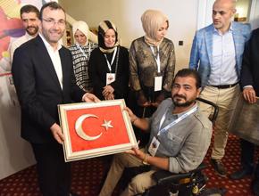 """Başkan Ahmet Cin: """"en Büyük Yatırımımız Sanatçıya Sahip Çıkmamız"""""""
