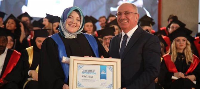 Balkanların en iyi üniversitesi 11'nci dönem mezunlarını verdi