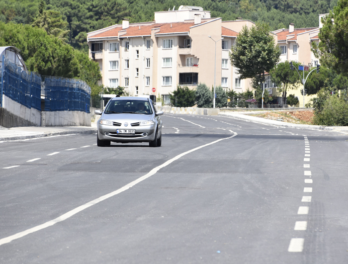4 Şeritli 15 Km.lik Yolun Yapımı Sürüyor