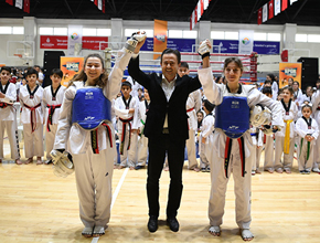 Tuzla'nın Avrupa Şampiyonu.. Rakiplerine ringi dar etti