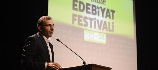 Kültür ve Sanat ödüllerini Başkan Cin verdi