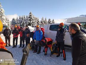 Uludağ'daki kayıp dağcılara Pendik'ten destek!