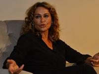 Hülya Avşar'dan skandal koronavirüs çağrısı