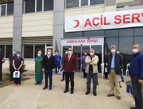 Tuzla'da sağlık çalışanlarına bayram ziyareti