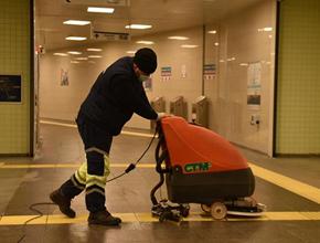 Tuzla'da yaşlı ve bakıma muhtaçlara temizlik desteği