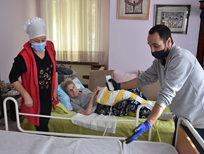 Tuzla'da Bakıma Muhtaç Hastalara Hasta Yatağı