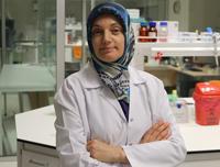 """Prof. Dr. Yusuf Özkul: """"Tedavide her bedene uygun yeni elbise dizayn edilmelidir"""""""