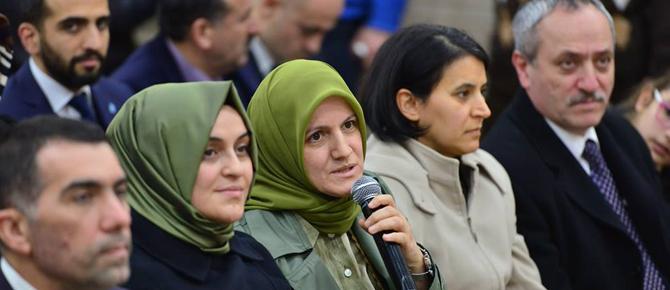 AK Parti milletvekili Hulusi Şentürk, gençlerin sorularını cevaplandırdı!