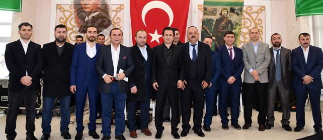 Dış güçlere karşı inadına birlik, beraberlik!