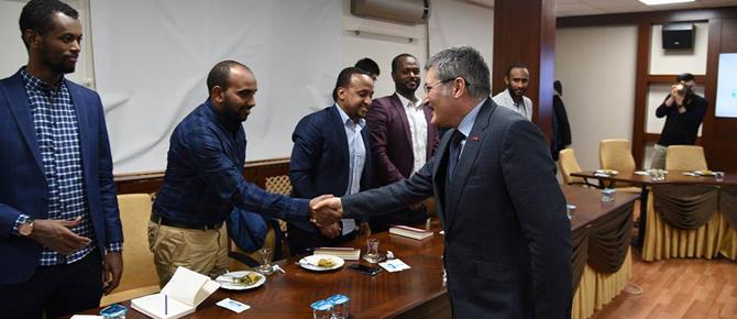 Etiyopyalı üniversite öğrencileri Şahin'in misafiri oldu!