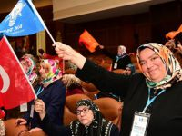 AK Kadınlar'ın başkanı Şaduman Şeker