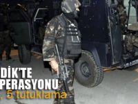 Pendik'te terör operasyonu; 5 tutuklama