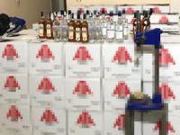 Pendik'te Sahte İçki İmalathanesine Operasyon: 4 Gözaltı
