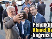 Pendik Ahmet Başkanı bağrına bastı!