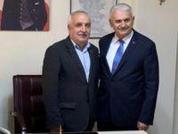 Binali Yıldırım Tuzla'da muhtar ziyaret etti