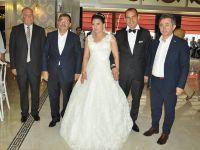 Gazeteci Halil Güler kızını evlendirdi