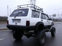 Pendikli macera tutkunu 1996 model Kartalı off road aracına dönüştürdü