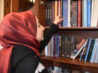 15 tatili kütüphanelerde geçiriyorlar