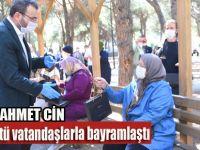 Başkan Ahmet Cin bayramın ilk gününü 65 yaş ve üstü vatandaşlarla birlikte geçirdi