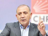 Gürsel Tekin'den CHP'ye eleştiri!