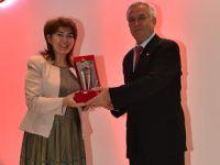 Pendikli Tıp Profesörü Deniz Güney'e büyük ödül!