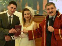 Şahin'den nikah rekoru! 14 Şubat'ta bakın kaç çiftin nikahını kıydı!