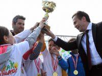 Tuzla'da yüzlerce çocuk olimpiyatlarda ter döktü!