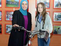 Tuzla'da dereceye giren çocuklara bisiklet