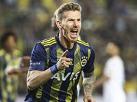 Fenerbahçe'de şok! İndirime gitmeyince derby öncesi bileti kesildi..