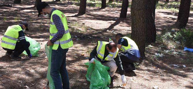 Aydos Ormanlarından çuvallar dolusu çöp çıktı!