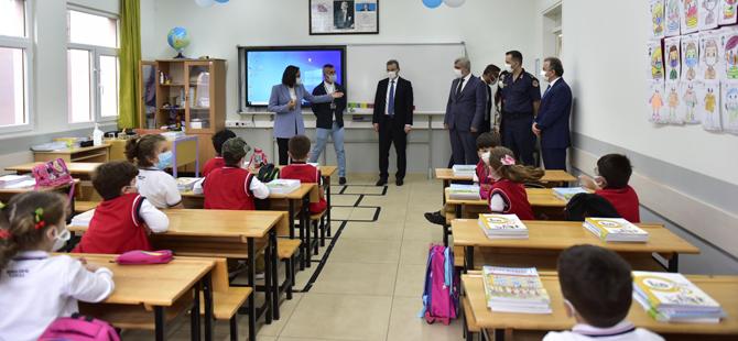 Başkan Cin yeni eğitim-öğretim yılına başlayan öğrencilere başarılar diledi