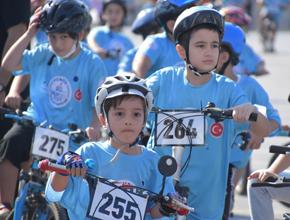 Pendik'te Geleneksel bisiklet yarışları nefesleri kesti!