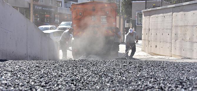 Rekor kırdılar; 8 ayda 32 bin ton asfalt