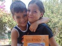 İkizler, Diyabetli Çocuklar Yararına Kitap Yazdı