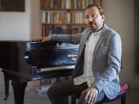Pandemide Gazeteciliği Bıraktı, Müzik Albümü Çıkardı